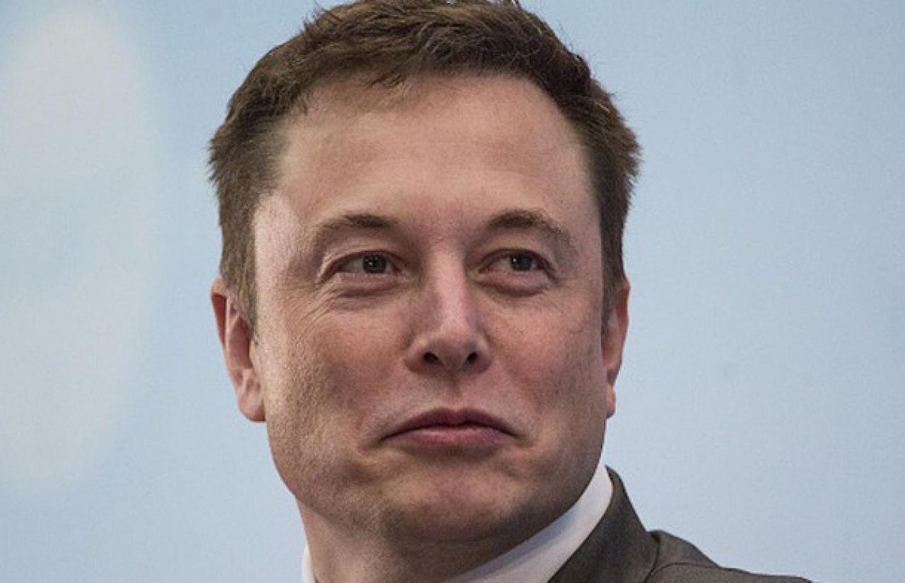 Elon Musk chính thức giàu hơn Bill Gates